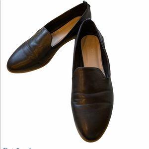 Studio K Black Flat Loafer | Size 40 | Lik…